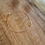 bracelet fin doré petites perles rose