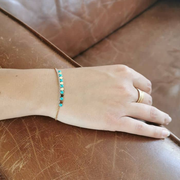 bracelet chaine fine pampille turquoise