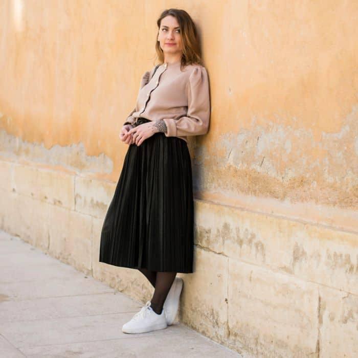 jupe plissée noire irisée