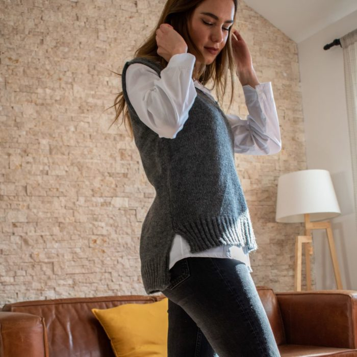 pull sans manche maille douce gris anthracite