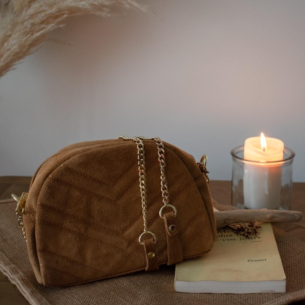 sac à main en cuir chaine doré