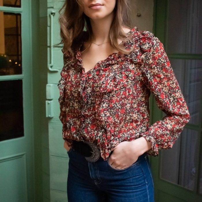 blouse fleurie rouge manches longues