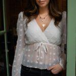blouse blanche cache coeur blanc transparent