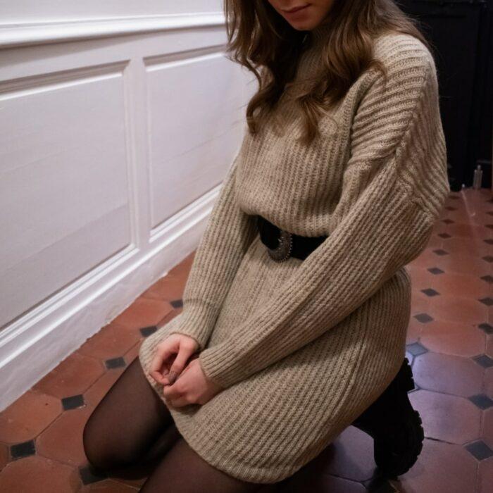 robe pull avec ceinture noire