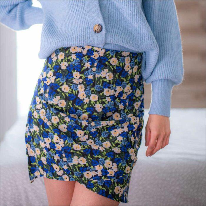 jupe courte plissée avec imprimé fleuri bleu et vert