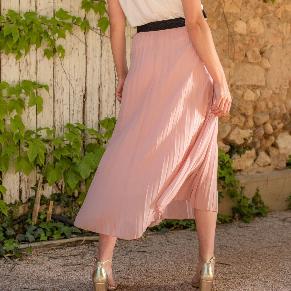 jupe longue plissé rose pastel ceinture noire